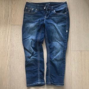 Cropped distressed 7 jeans